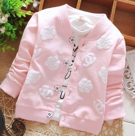 pink-chanel-sweater